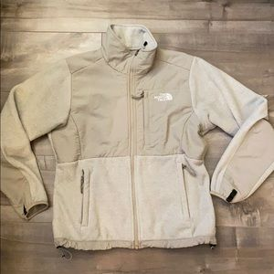 THE NORTH FACE: Women's Denali Jacket Size Small